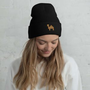 Beanies, aprons and co.